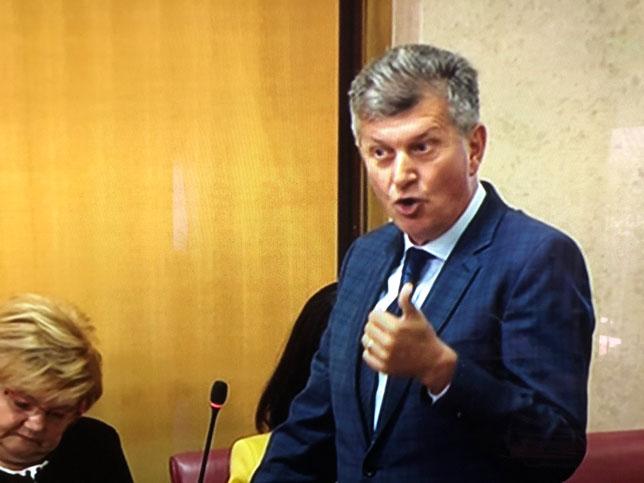 RODA: Ministar Kujundžić pokušava zastrašiti građane i udruge da u budućnosti ne prijavljuju nepravilnosti u zdravstvu