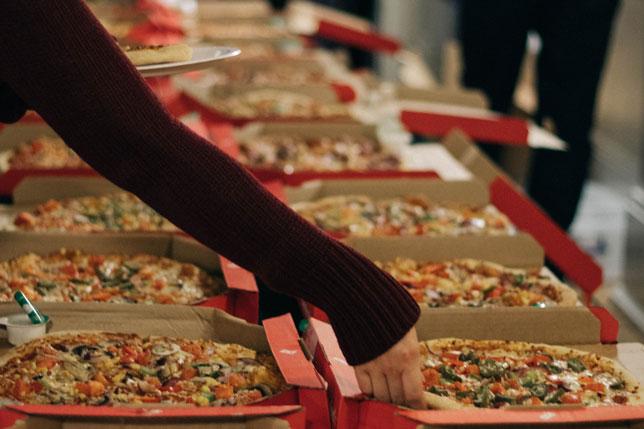 Dijeta s kolačima i pizzom