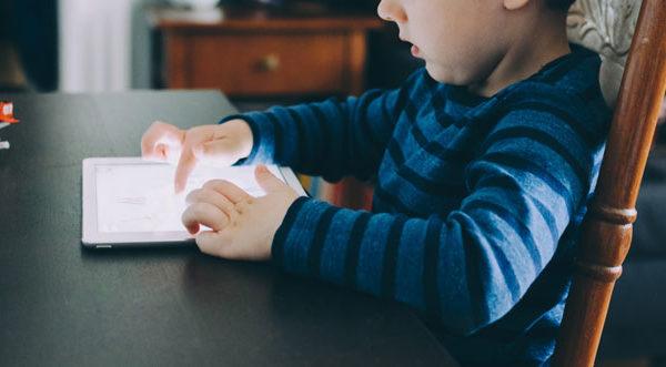 Ne dopustimo tehnologiji da nam oduzme djecu