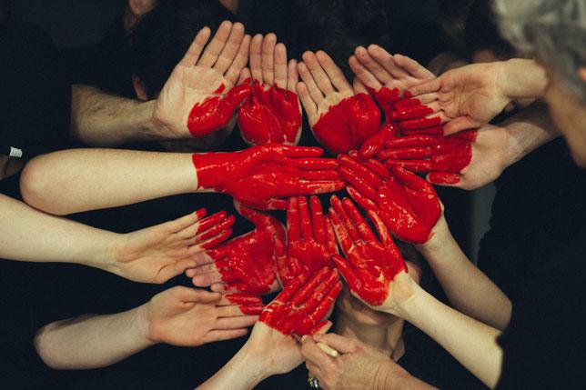 U redovitim okolnostima ne funkcioniramo, ali kad je netko u potrebi, svi smo kao jedan