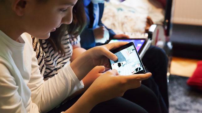 Roditelji ne znaju što im djeca rade na internetu