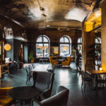 Tjedni pregled: Otvaraju se kafići, ali nije još vrijeme za opuštanje